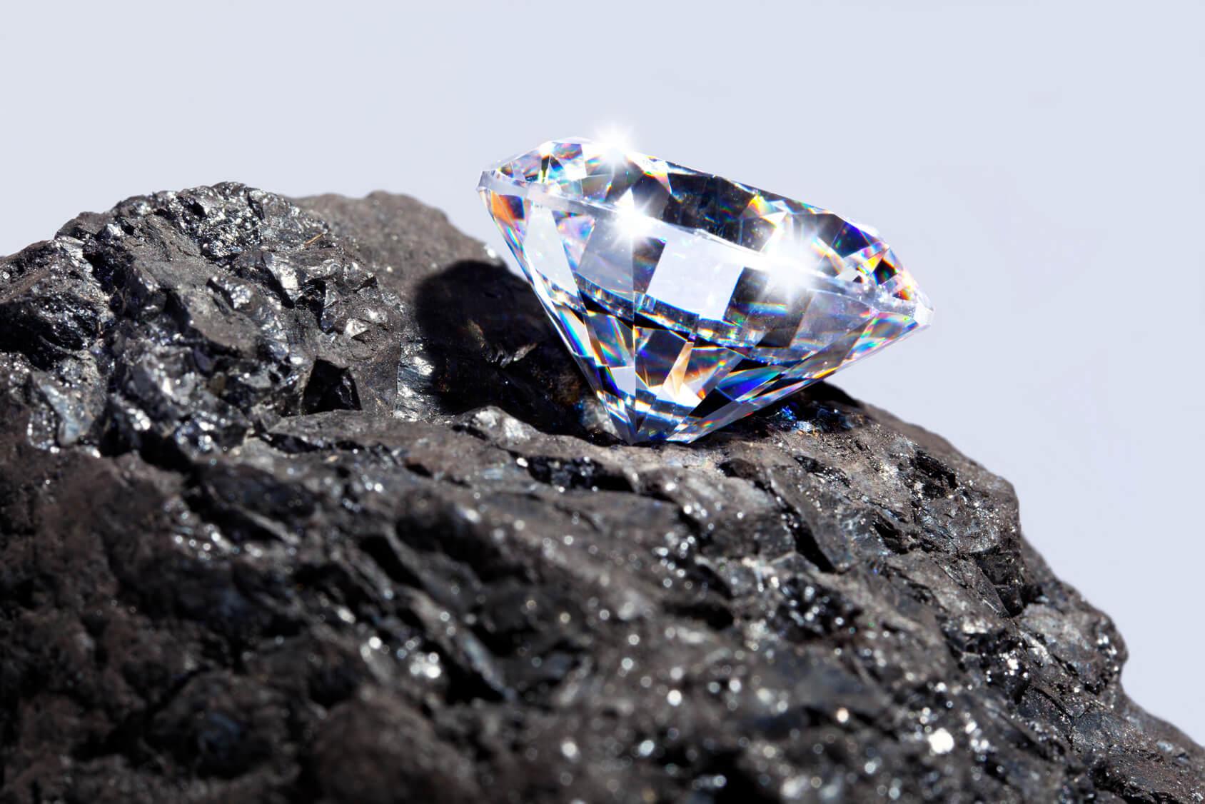 Diamond Mining In a Modern World | M.I.Trading