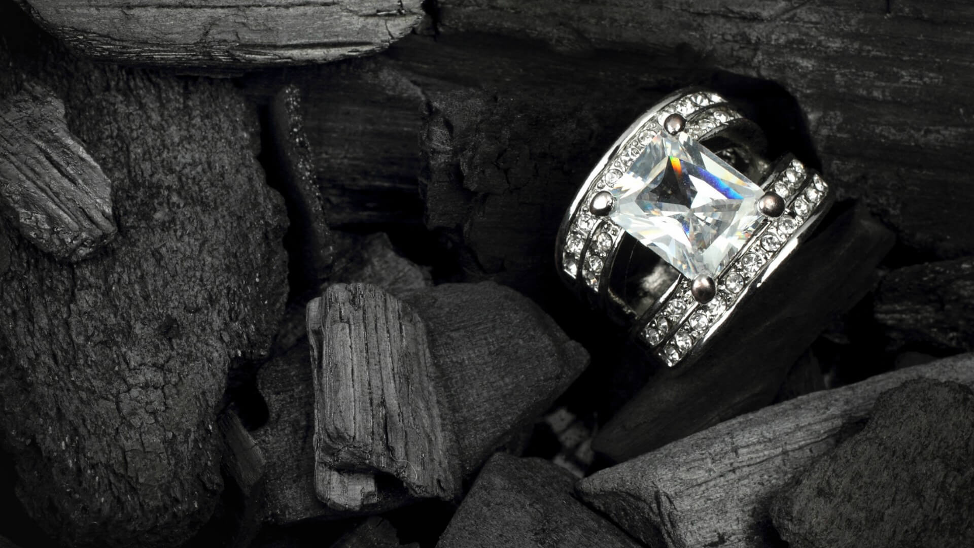 4 Ways To Sell Your Engagement Ring Explained M I Trading