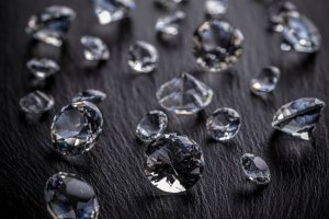 Myths about how to spot a fake diamond - M.I. Trading - Austin Diamond Buyers